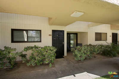 Palm Springs CA Condo/Townhouse For Sale: $125,000