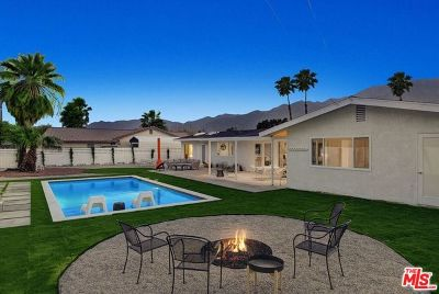 Palm Springs CA Single Family Home For Sale: $499,000