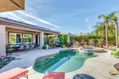 Palm Desert Single Family Home For Sale: 74114 East Chinook Circle