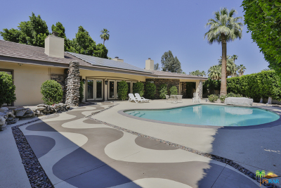 Palm Springs Single Family Home For Sale: 470 East Valmonte Sur