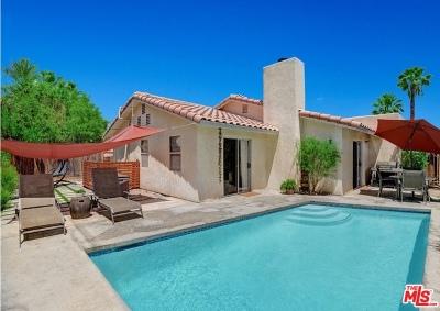 La Quinta Single Family Home For Sale: 52205 Avenida Diaz