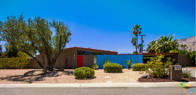 Palm Springs Single Family Home For Sale: 555 North Glen Circle