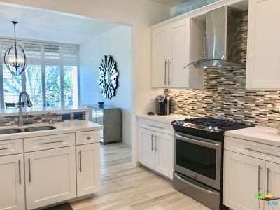 Palm Springs Condo/Townhouse For Sale: 71 Westlake Circle