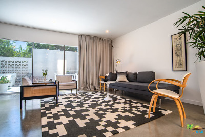 Palm Springs Condo/Townhouse Contingent: 2520 East Morongo