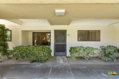 Palm Springs Condo/Townhouse For Sale: 2809 East Los Felices Circle #116