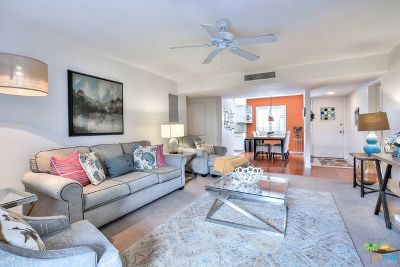 Palm Springs Condo/Townhouse For Sale: 1421 North Sunrise Way #32