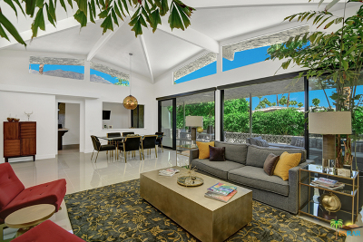 Palm Springs Condo/Townhouse For Sale: 1554 East Canyon Estates Drive