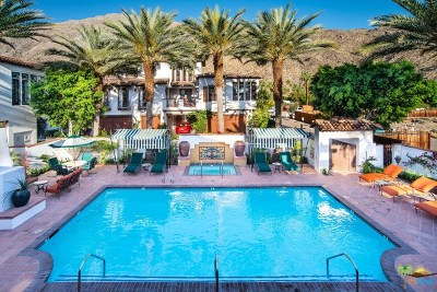 Palm Springs Condo/Townhouse For Sale: 235 Calle La Soledad