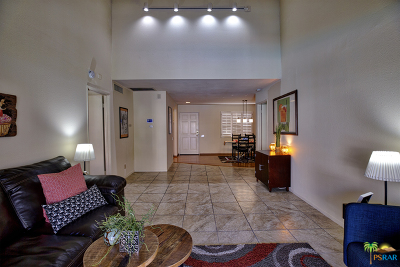 Palm Springs Condo/Townhouse For Sale: 2240 South Palm Canyon Drive #27