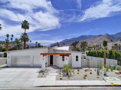 Palm Springs Single Family Home For Sale: 321 East Santiago Way