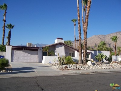 Palm Springs Single Family Home For Sale: 777 East Via Escuela