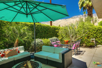 Palm Springs Condo/Townhouse For Sale: 1712 East Chia Road