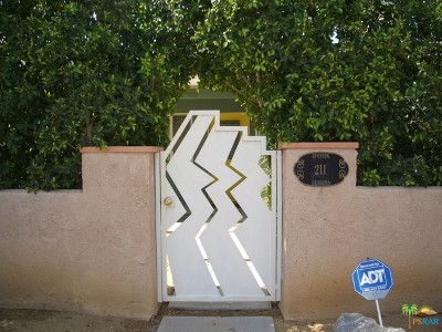 Palm Springs Single Family Home For Sale: 211 East Avenida Olancha