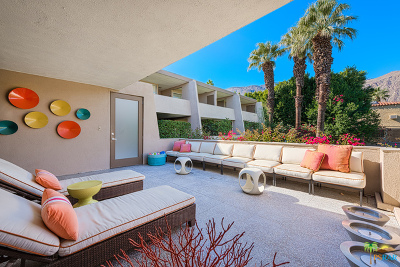 Palm Springs CA Condo/Townhouse For Sale: $425,000