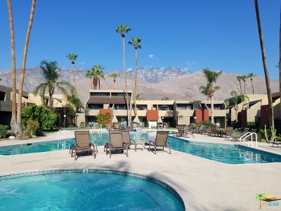 Palm Springs Condo/Townhouse For Sale: 1655 East Palm Canyon Drive #512