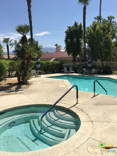 Cathedral City Condo/Townhouse Contingent: 32505 Candlewood Drive #36