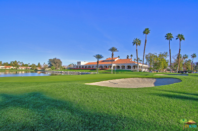 Palm Desert Condo/Townhouse For Sale: 40445 Pebble Beach Circle