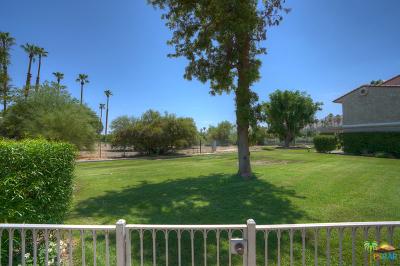 Palm Springs Condo/Townhouse For Sale: 2001 East Camino Parocela #E32