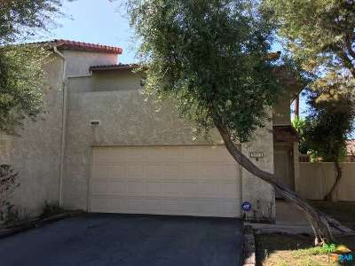 Cathedral City Condo/Townhouse Contingent: 33575 Date Palm Drive #D