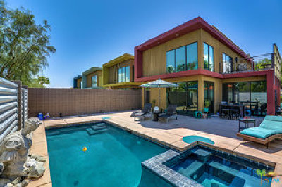 Palm Springs Condo/Townhouse For Sale: 350 Cheryl Drive