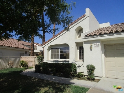 Desert Breezes Single Family Home For Sale: 43504 Via Magellan Drive