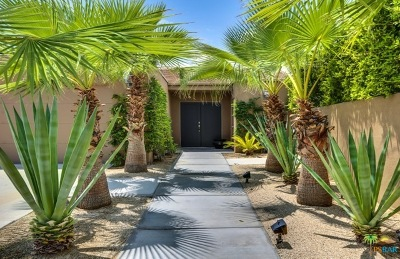 Palm Springs Single Family Home For Sale: 1041 East Christina Way