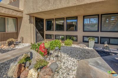Palm Springs Condo/Townhouse For Sale: 446 Bradshaw Lane #39
