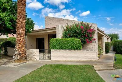 Palm Springs Condo/Townhouse For Sale: 2548 North Whitewater Club Drive #A