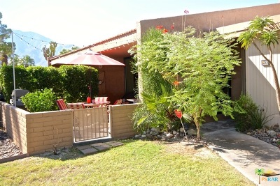 Palm Springs Condo/Townhouse For Sale: 2593 North Whitewater Club Drive #D