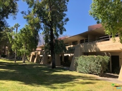 Palm Springs Condo/Townhouse For Sale: 2822 North Auburn Court #E113