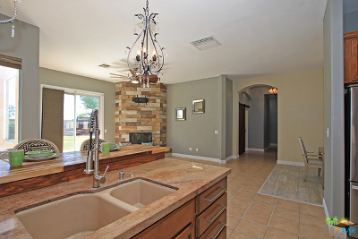 Palm Desert Single Family Home For Sale: 78 Sedona Court