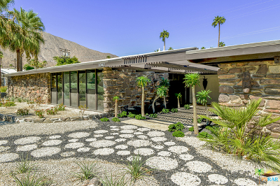 Palm Springs Single Family Home For Sale: 1042 East Apache Road