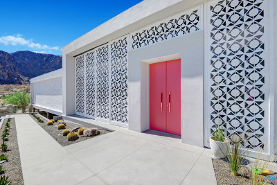 Palm Springs Single Family Home For Sale: 884 South La Mirada Circle