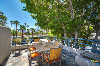 Palm Springs Condo/Townhouse For Sale: 240 West Stevens Road