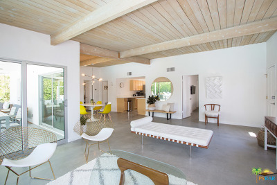 Palm Springs Single Family Home For Sale: 685 North Farrell Drive