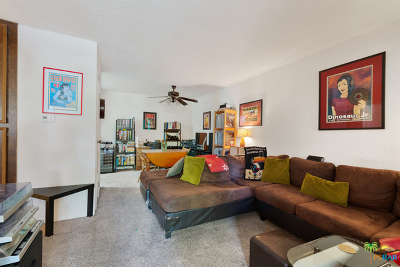 Palm Springs Condo/Townhouse For Sale: 701 North Los Felices Circle #202