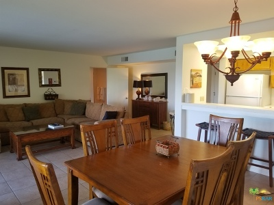 Shadow Mtn Fairway C, Shadow Mtn Resort R. Condo/Townhouse For Sale: 45720 Club Circle Drive #285