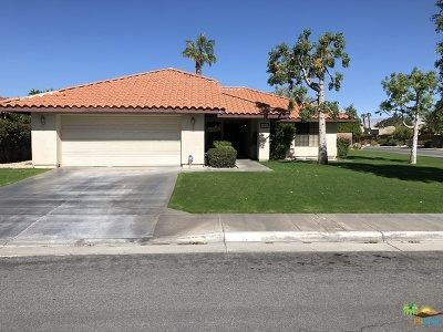 Palm Springs Single Family Home For Sale: 1496 East Luna Way