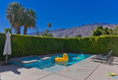 Palm Springs Single Family Home For Sale: 522 North Calle Marcus