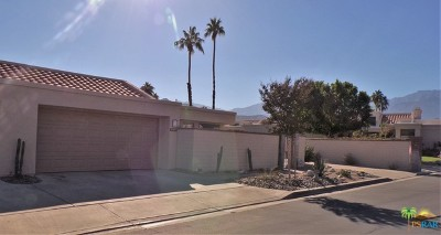 Cathedral City Condo/Townhouse Contingent: 68167 Seven Oaks Place