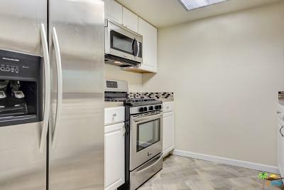 Palm Springs Condo/Townhouse For Sale: 453 East Via Escuela #511