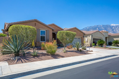 Palm Springs Single Family Home For Sale: 1869 Savanna Way