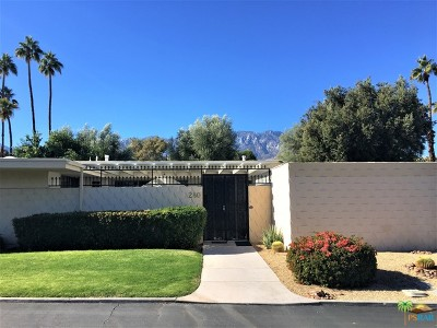 Palm Springs Condo/Townhouse For Sale: 280 Desert Lakes Drive
