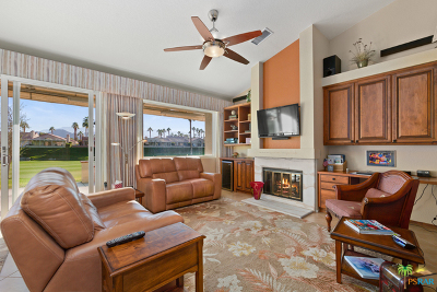 Oasis Country Club Condo/Townhouse Contingent: 76859 Turendot Street