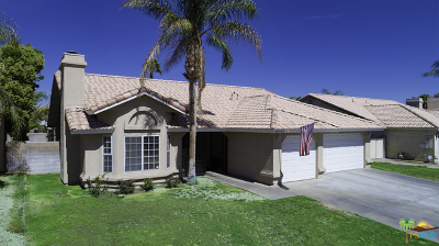 Cathedral City Single Family Home For Sale: 69712 Willow Lane