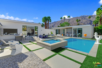 Palm Springs Single Family Home For Sale: 540 North Camino Real