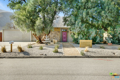 Palm Springs Single Family Home For Sale: 15880 La Vida Drive
