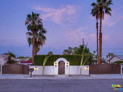 Palm Springs Multi Family Home For Sale: 572 S Calle Encilia #1