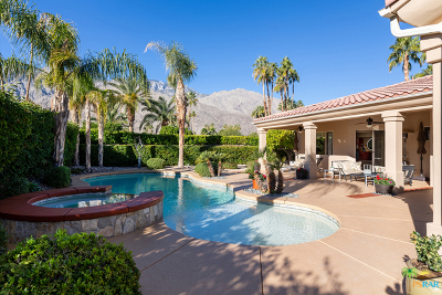 Palm Springs Single Family Home For Sale: 1181 E Sierra Way