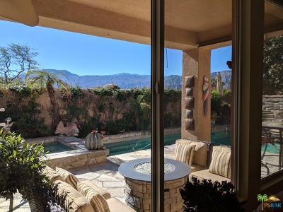 La Quinta Single Family Home Contingent: 78975 Via Trieste